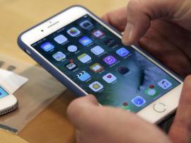 美国已有两波消费者起诉苹果:故意削弱老手机性能