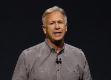 """苹果公司高管:别家的面部扫描解锁技术""""烂透了"""""""
