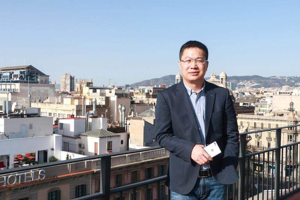 小米宣布任命前金立总裁卢伟冰为副总裁 兼任红米品牌总经理