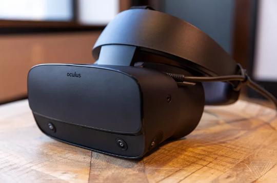 联想与Oculus合作新VR头盔 高分辨率+内置追踪系统