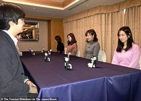相亲必备神器!日本相亲机器人帮你和约会对象聊天,竟成功配对 4 对