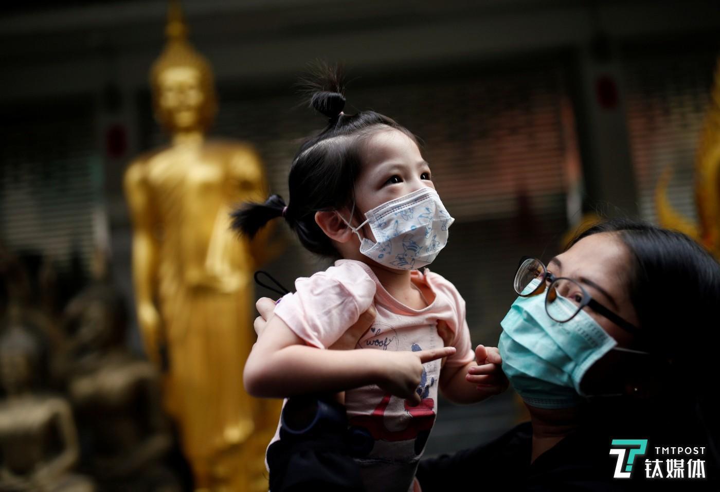 《柳叶刀》:新冠病毒不会母婴传播,但不排除母子接触传染
