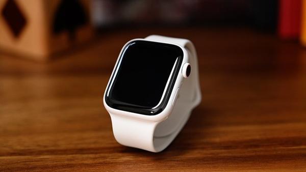 苹果Apple Watch Series 6有望加入血氧监测功能