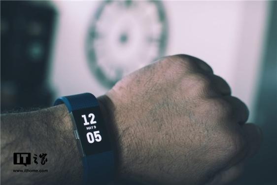 Fitbit发布2019财年Q1财报:营收2.719亿美元,净亏损7950万美元