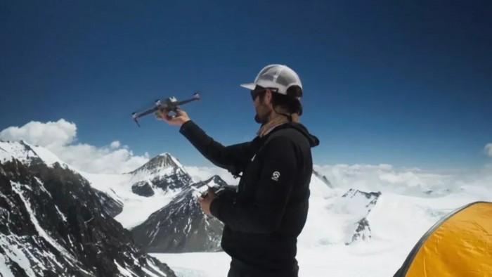 看国家地理团队如何让无人机飞到珠峰28300英尺高空
