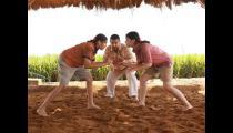 """从《摔跤吧》到《起跑线》,印度电影究竟是个怎样的""""神""""存在?"""